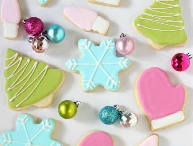 Royal Iced Sugar Cookies are the best sugar cookie recipes, test many times and always a winner!
