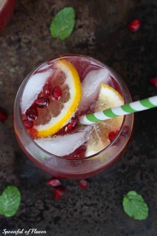 Pomegranate Lemonade Spritzer - an easy and refreshing seasonal drink!