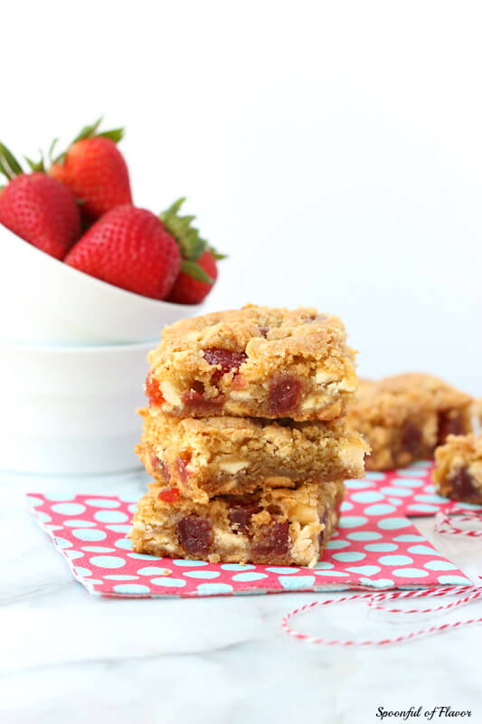 Strawberries & Cream Cookie Bars – made with dried strawberries and white chocolate chips!