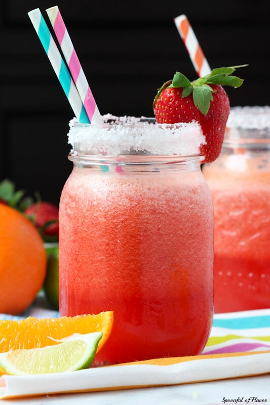 Strawberry Margarita - a classic strawberry margaritas with freshly squeezed juice and plenty of berries!
