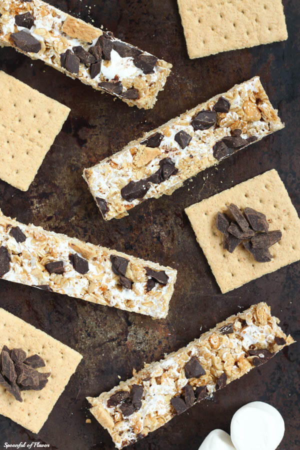 S'mores granola bars - sweet and crunchy snack!