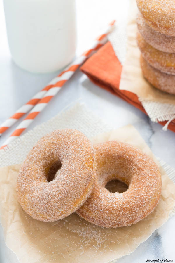 Baked Pumpkin Donuts with Cinnamon Sugar Topping - grab one or two to start your day!