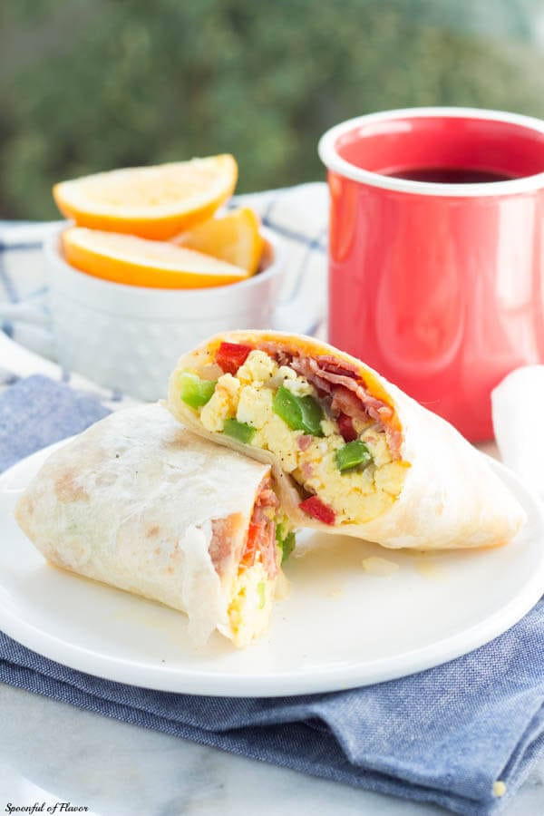 Easy Homemade Breakfast Burrito with Bacon, Egg and Cheese!