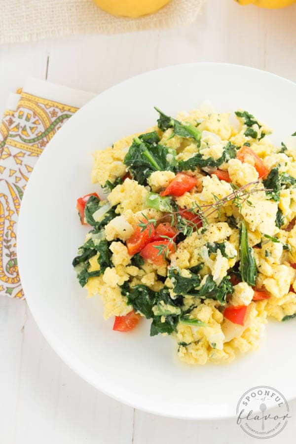 scrambled eggs with veggies and cheese