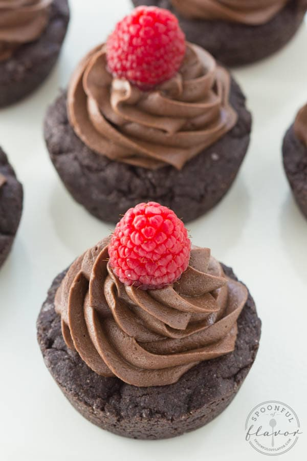 Double Dark Chocolate Cookie Cups - dark chocolate cookie cups are topped with rich  and creamy dark chocolate frosting!