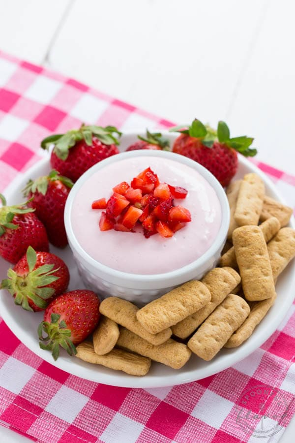 Strawberry Cheesecake Dip - made with fresh strawberries!