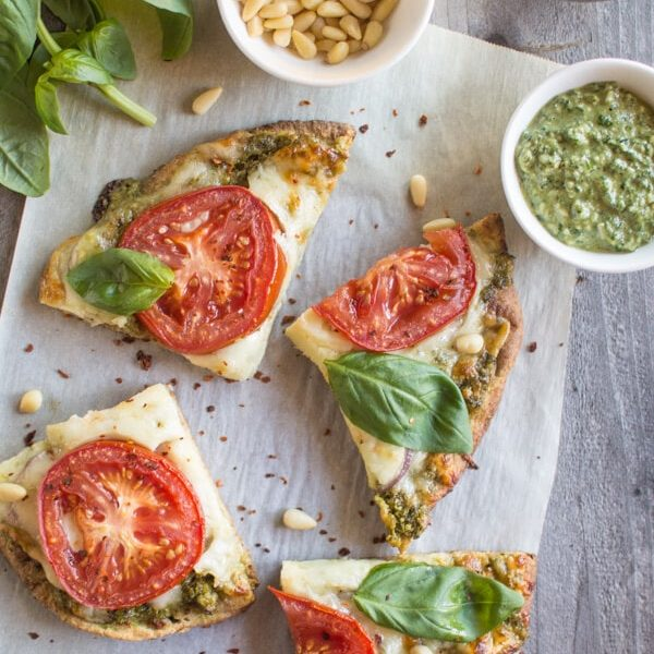 Easy and delicious carrot top pesto pizza! Ready in less than 30 minutes!