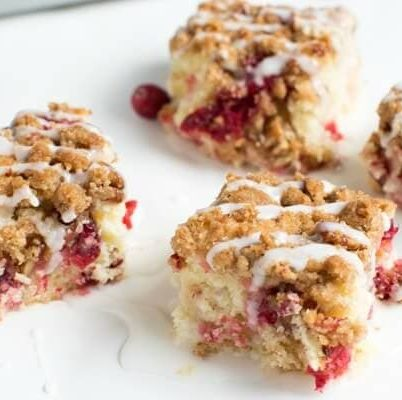 Cranberry Crumb Cake is made with fresh cranberries and streusel topping! The cake is perfect for breakfast or snack.