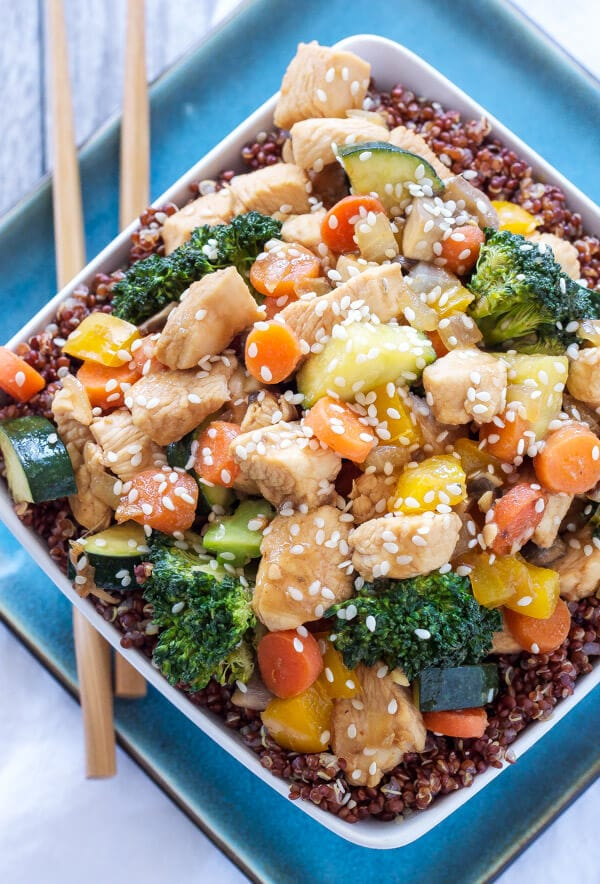 Chicken and Vegetable Stir Fry Quinoa Bowls | These stir fry bowls are one of my favorite, healthy and easy to make dinners!