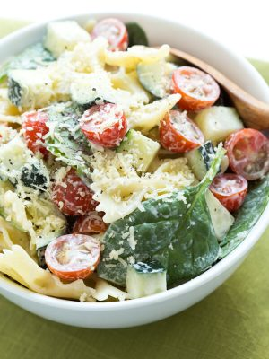 White Cheddar Pasta Salad is made with only six ingredients and comes together in little time! The pasta salad is a great addition to any spring or summer meal.
