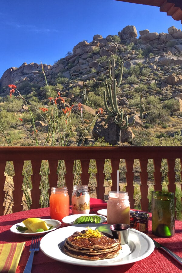 How to Plan the Perfect Babymoon including tips for traveling while pregnant! Learn why I chose the Four Seasons Resort Scottsdale for our babymoon.