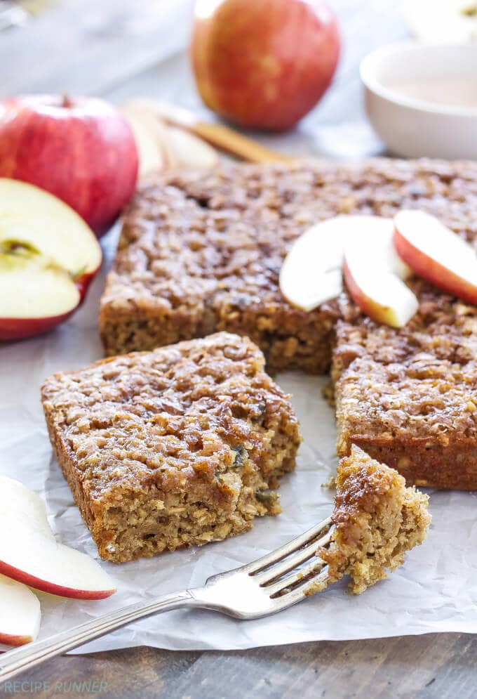 Cinnamon Apple Snack Cake | www.reciperunner.com