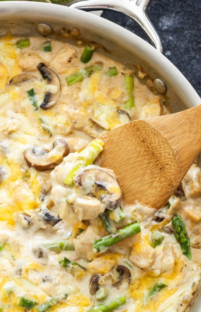 One Pot Creamy Chicken and Asparagus Casserole | www.reciperunner.com
