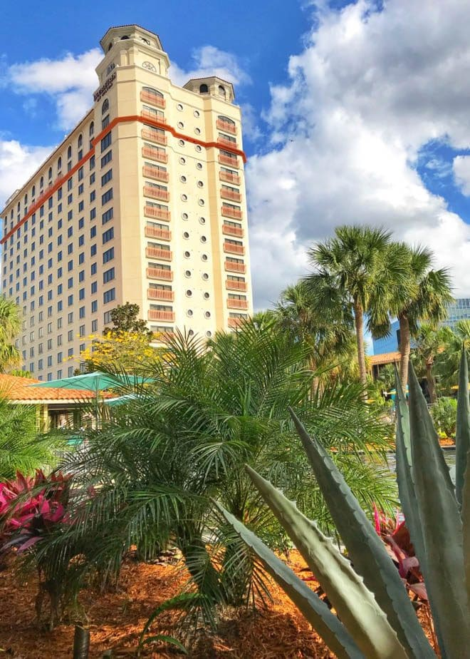 Enjoy a few of my favorite things to do in Orlando before you head to the beach for an Orlando to Beaches Florida Road Trip and explore Hutchinson Island, Florida! Featuring DoubleTree by Hilton Orlando at Seaworld and more.
