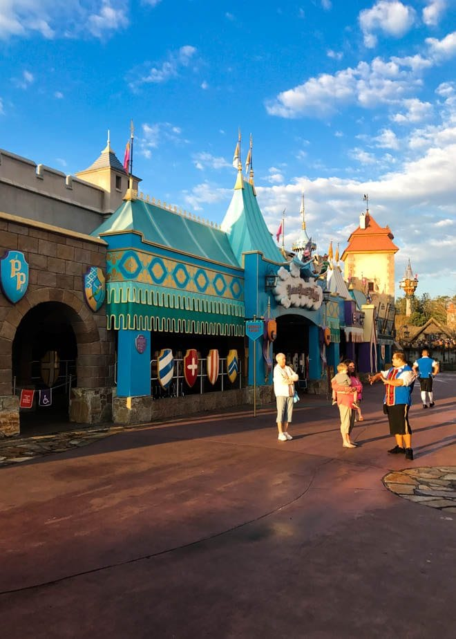 Walt Disney World's Magic Kingdom offers endless opportunities to experience Disney magic. This guide provides five Extra Magical Experiences at Disney's Magic Kingdom including a dessert party, early morning magic and more!