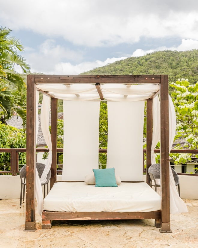 Are you visiting Saint Lucia? Check out my 3 day Guide to Saint Lucia including the best places to stay, eat and explore including unique foodie experiences and more! #travel #foodie #restaurant #stlucia #saintlucia #caribbean #travelguide #hotel #resort