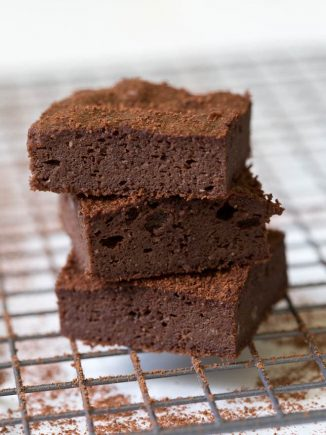 Double Chocolate Brownies are made with a few simple ingredients and double the chocolate flavor! These naturally gluten free, low carb and low sugar brownies are a sweet treat meant for sharing. #lowcarb #glutenfree #dessert #recipe #chocolate #brownies