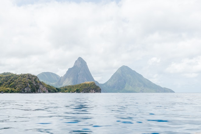 Are you visiting Saint Lucia? Check out my 3 day Guide to Saint Lucia including the best places to stay, eat and explore including unique foodie experiences and more! #travel #foodie #restaurant #stlucia #saintlucia #caribbean #travelguide #pitons #waterfall #adventure