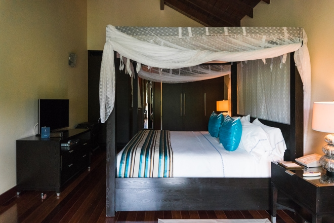 Are you visiting Saint Lucia? Check out my 3 day Guide to Saint Lucia including the best places to stay, eat and explore including unique foodie experiences and more! #travel #foodie #restaurant #stlucia #saintlucia #caribbean #travelguide #marigotbay #luxury