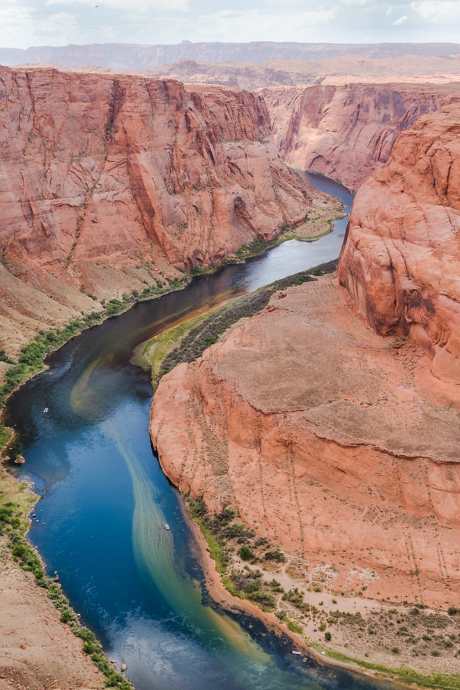 Plan a Utah to Arizona road trip with five stops at some of the most beautiful places in the entire country including Grand Canyon, Sedona, Moab and Salt Lake City. Explore the best things to see, eat and stay at these on a trip that is great for anyone! #roadtrip #nationalpark #utah #travel #guide #foodie #vacation