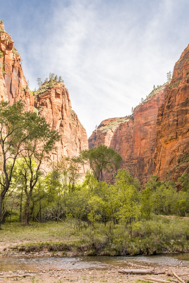 Plan a Utah to Arizona road trip with five stops at some of the most beautiful places in the entire country including Grand Canyon, Sedona, Moab and Salt Lake City. Explore the best things to see, eat and stay at these on a trip that is great for anyone! #zion #nationalpark #utah #travel #guide #foodie #vacation