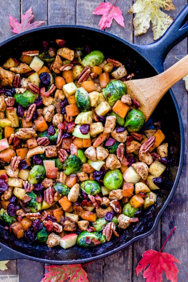 Harvest Chicken and Vegetable Skillet | @reciperunner