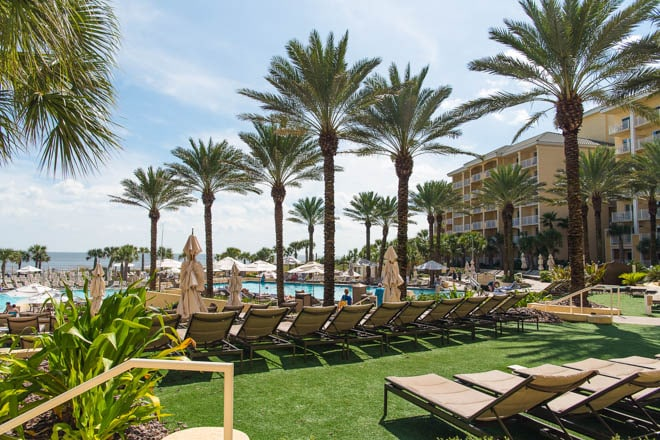 Omni Amelia Island Plantation Resort is the perfect getaway in Florida! Read all about the best culinary experiences, restaurants, activities and more! #Omni #AmeliaIsland #travel #guide #Florida #sunset #ocean #beach #pool