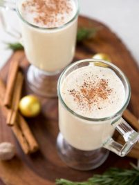 Homemade eggnog is the perfect holiday drink! This classic recipe is the made with the freshest ingredients to create the best tasting eggnog that cooks in less than 15 minutes. #eggnog #homemade #recipe #drink #holiday #cocktail