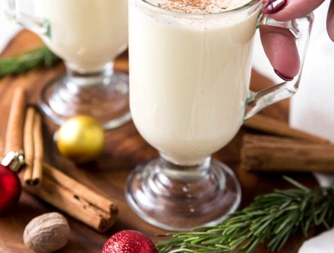 Homemade eggnog is the perfect holiday drink! This classic recipe is the made with the freshest ingredients to create the best tasting eggnog that cooks in less than 15 minutes. #eggnog #homemade #recipe #drink #holiday #cocktail #classic