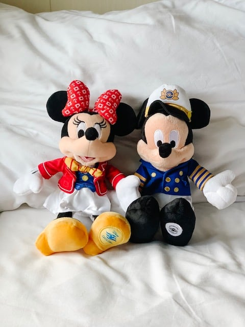 Mickey and Minnie Dolls in their cruise outfits