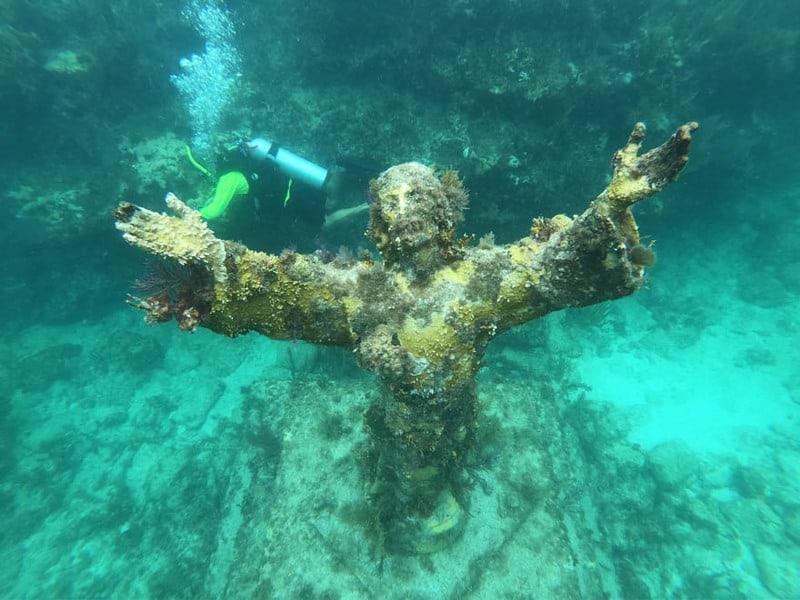 Christ statue at John Pennekamp state park.
