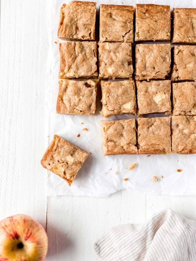 apple blondies squares