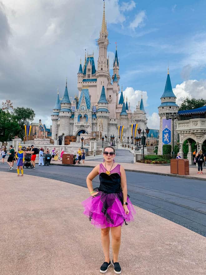 disneybounding costume in front of Magic Kingdom