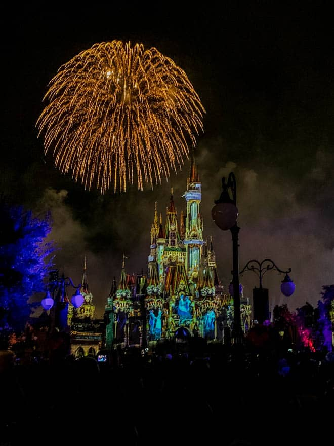 halloween fireworks at magic kingdom
