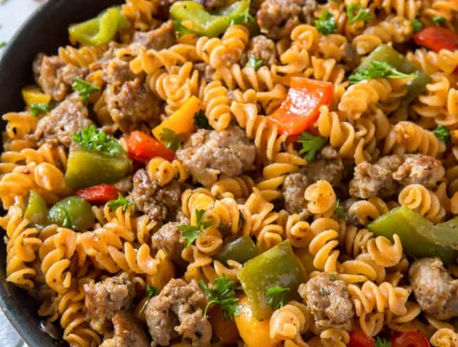 skillet with sausage, peppers, fusilli pasta