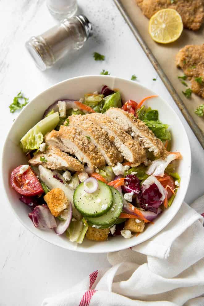 garden salad with baked chicken
