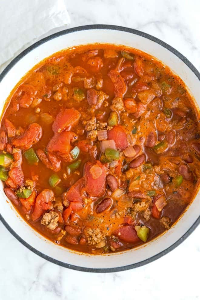 a pot of cooked healthy turkey chili